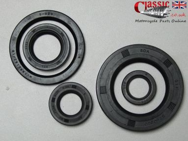 BSA A50 A65 Engine/Gearbox Oil Seal Set