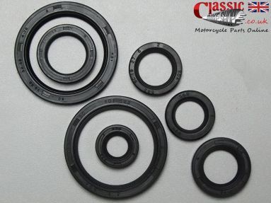 BSA B25 C25 B44 B50 Engine/Gearbox Oil Seal Set
