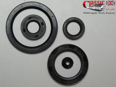 Norton Dominator/Atlas Engine/Gearbox Oil Seal Set