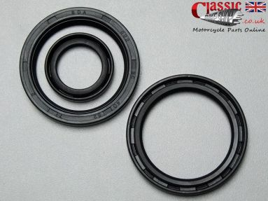BSA C15 B40 Engine/Gearbox Oil Seal Set